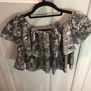 Strapless snakeskin style shirt